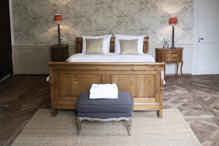 Chambre Sicarie Bed & Breakfast Chateau des Chauvaux Dordogne Chambres d'Hôtes bed