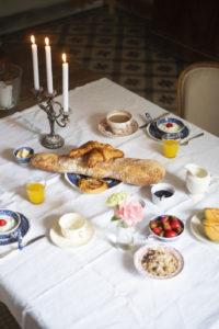 Ontbijt Chateau des Chauvaux tafel